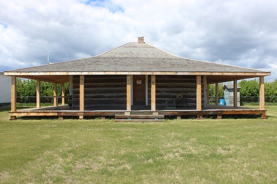 Heritage Acres Farm Museum: Andrews' Log House. Built in 1942 and moved here from the famous Waldron Ranch in 2008.