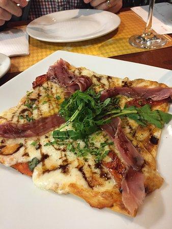 La Bonbonniere: Pizza