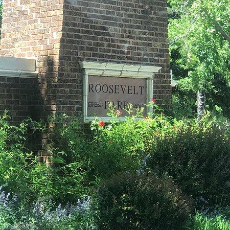 Roosevelt Park: Roosevelt Park
