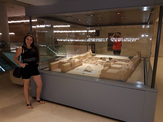 พิพิธภัณฑ์ลูฟวร์: Museo del Louvre