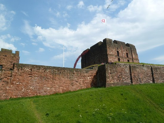 Carlisle Castle: View from main road