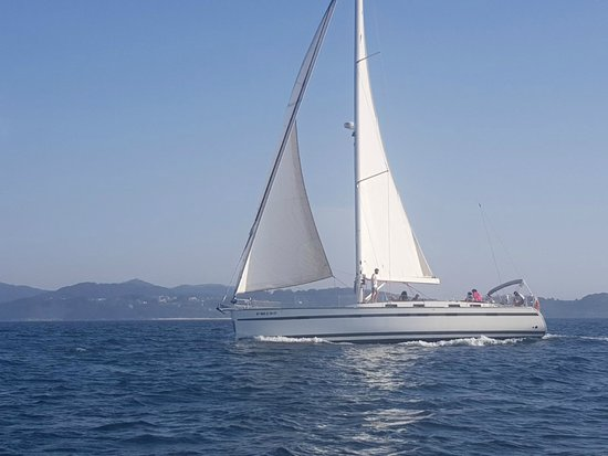 Servinauta: Bavaria 55 Cruiser navegando por las Rías Baixas