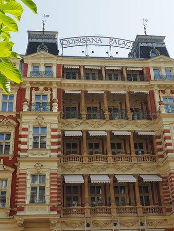 Quisisana Palace : Gesamtansicht