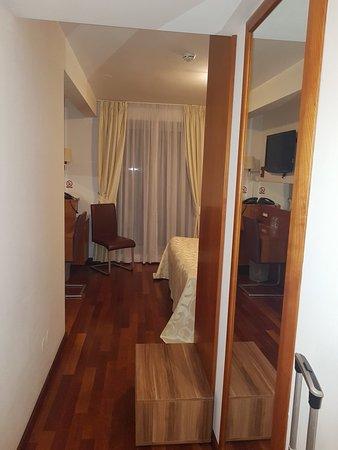 Hotel Croatia: 20180528_173308_large.jpg