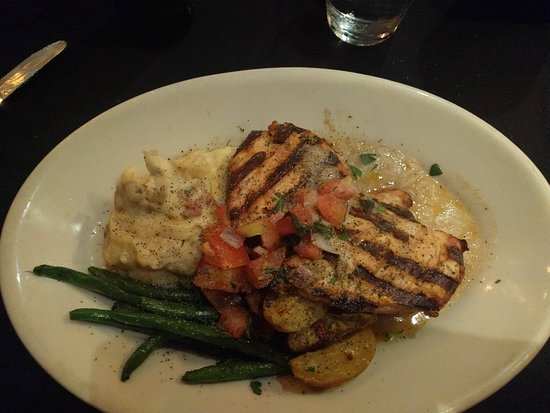 Weber Grill Restaurant: Grilled Chicken