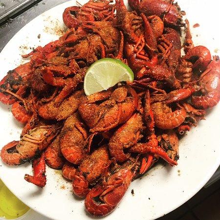 High Tide Harry's REEL Seafood: Fresh Louisiana Crawfish