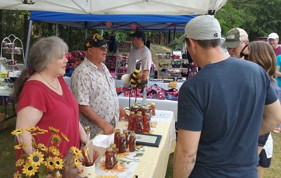 Midland Community Farmers Market : Local honey from Jim and Gayle Hunsinger's own hives
