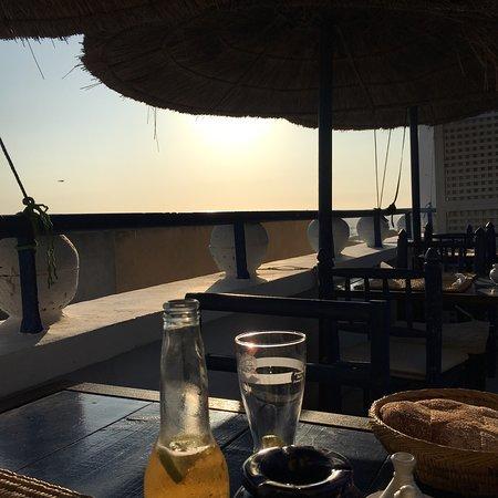 TAROS CAFE RESTAURANT Foto
