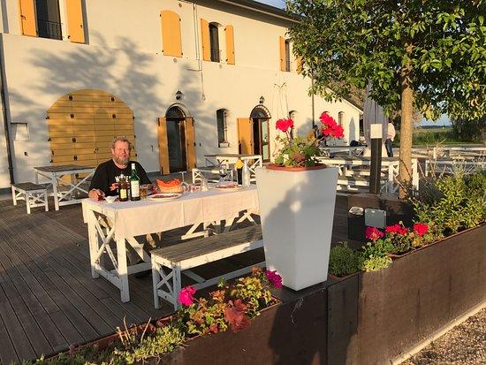 Locanda La Dama delle Saline: The terrace is a great place for sunset aperitivi