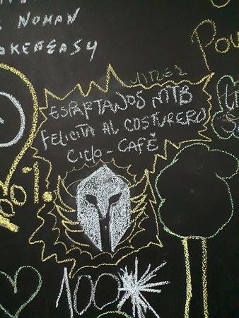 El Costurero Ciclo Café: Tablero de expresión para nuestros clientes