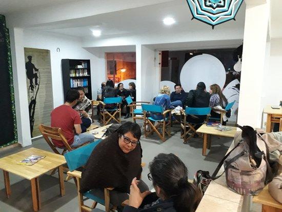 El Costurero Ciclo Café: Viernes en la noche
