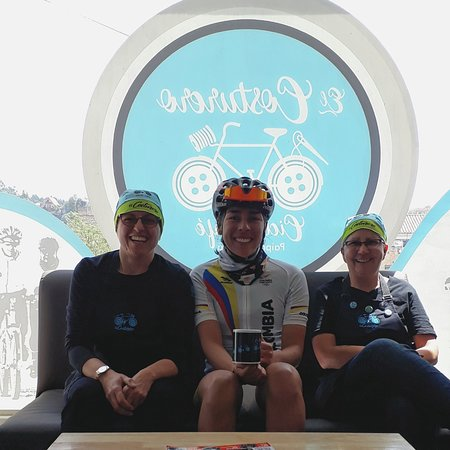 El Costurero Ciclo Café: Visita de Jesica Parra