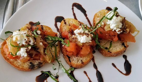 Fluke Newport : fresh tomatoes bruschetta is a great starter