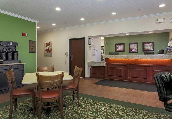 Uniontown, Pensylwania: Lobby