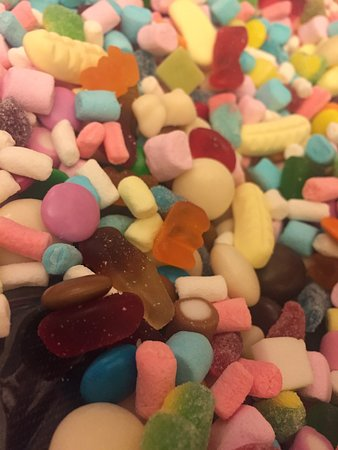 Greater Manchester, UK: Yummy gift bag of sweets