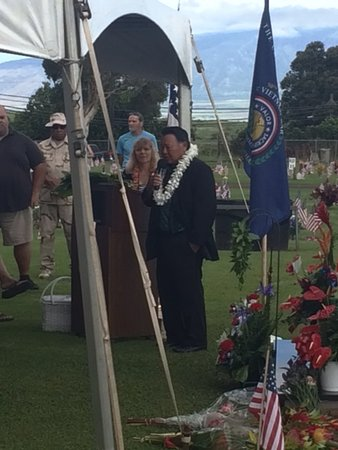 Maui Veterans Cemetery: Maui Mayor Alan Arakawa leads the unveiling ceremony of the Vietnam War Memorial, 2018.