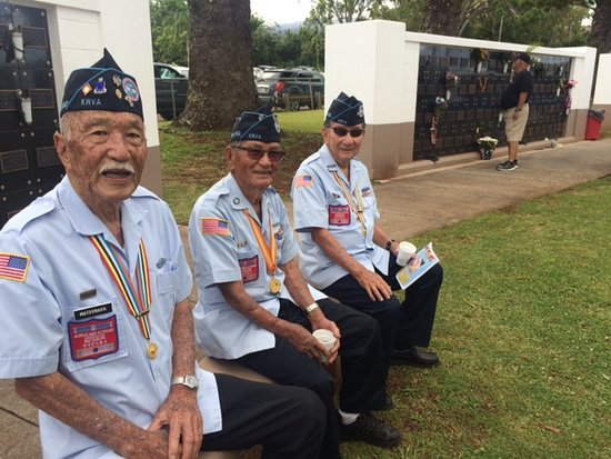Maui Veterans Cemetery: Hawaiian veterans pay tribute during the 2018 Memorial Day Service at Makawao Veterans Cemetery