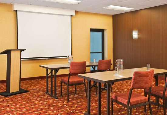 Courtyard by Marriott Boston Stoughton: Meeting room