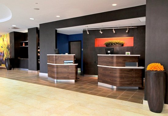 Mount Arlington, NJ: Lobby