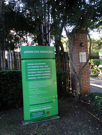 Jardim Botânico de Curitiba: entrada jardim sensorial