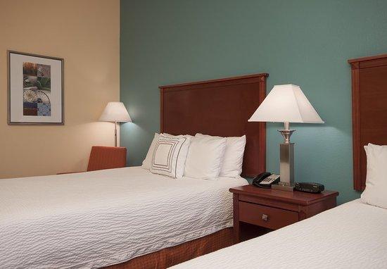 El Centro, CA: Guest room