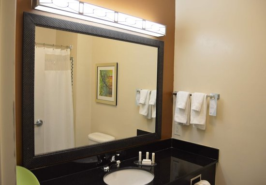 Channelview, TX: Guest room