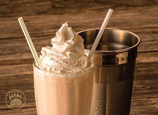 Black Bear Diner : Milkshake