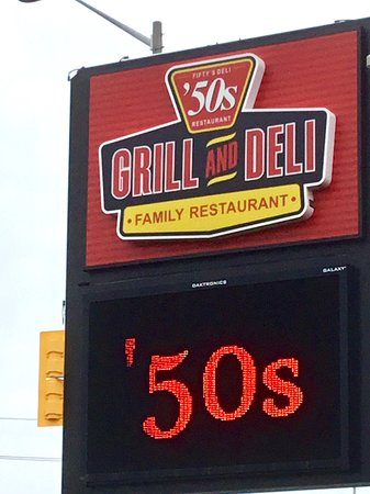 Fifty's Grill & Deli: Sign