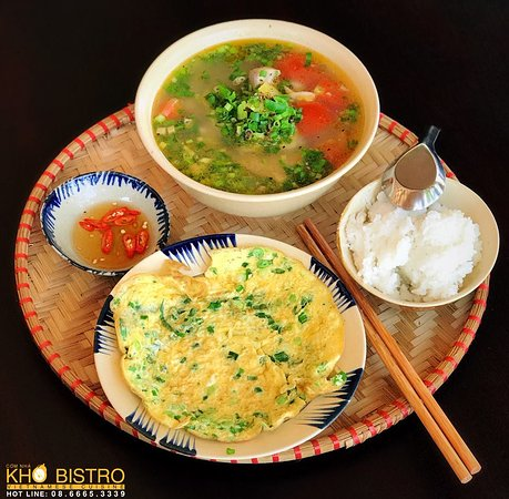 Kho Bistro Vietnamese Cuisine : Sweet sour fish soup and fried eggs