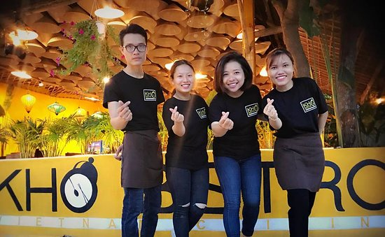 Kho Bistro Vietnamese Cuisine: Friendly staffs