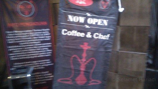 Suasana Coffee & Chef dengan berbagai Kopi Nusantara