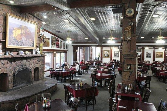 Cameron Trading Post Grand Canyon Hotel: Restaurant