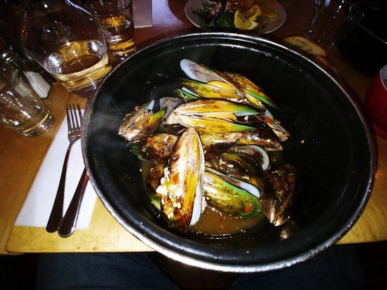 Stoked Eatery: You must eat here! Breakfast, lunch and Dinner! I had the Mussels Thai Style, kids had fish and