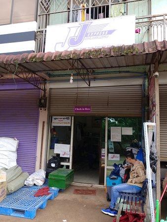 JJ Express: Taungyi station