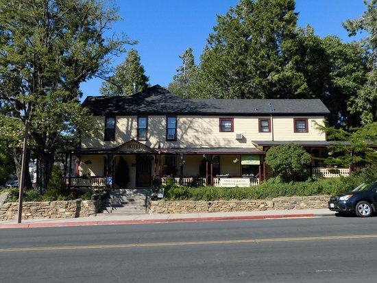 Julian Gold Rush Hotel: front view
