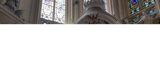 St. Andre Cathedral: Belül