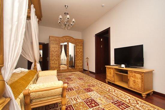 Ichan Qal'a Hotel: Senior Suite