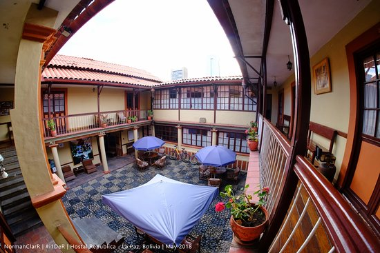 Hostal Republica: The First Courtyard (Covered)