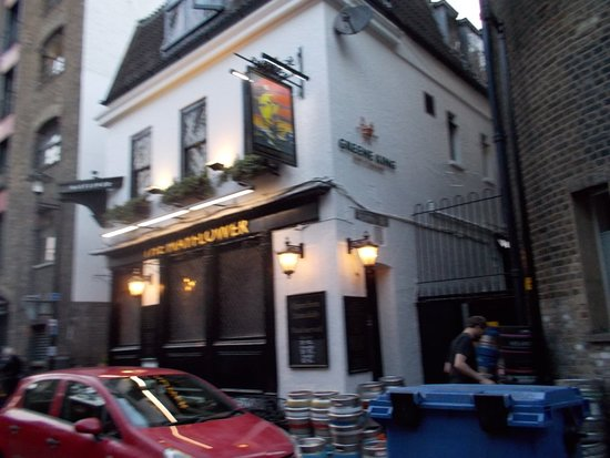 The Mayflower Pub: burger