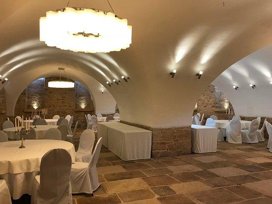 Schlossl Oberotterbach: Gewölbekeller für Festlichkeiten