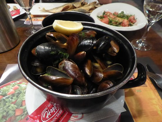 Mussels To Start Piping Hot And Delicious Picture Of Happy Bar