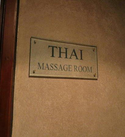 Vous Spa: ห้องนี้เป็นห้องสำหรับนวดแผนไทย โดยเฉพาะครับ