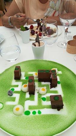 Le Grand Velum: Dessert au chocolat, labyrinthe !!