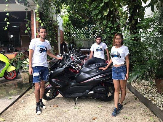 Rent A Scooter Phra Khanong