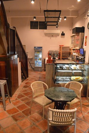 Lucaffe: Cafe interior