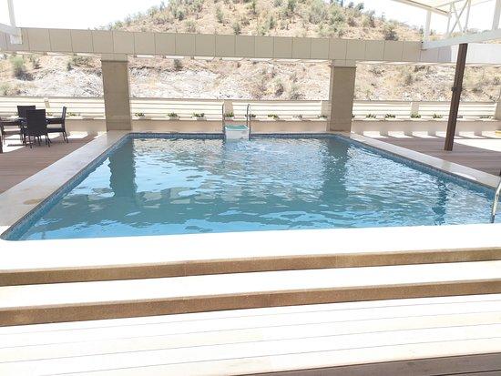 Blu Feather Hotel & Spa Udaipur: Beautiful backdrop !!