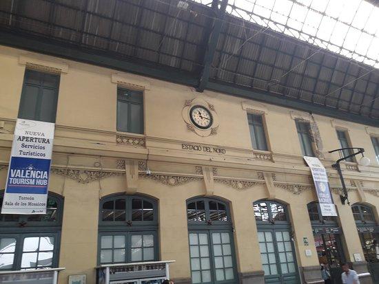 Estación del Norte: estación
