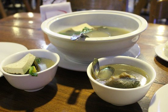 Seafood by the Bay: Ginger soup with shells and tofu
