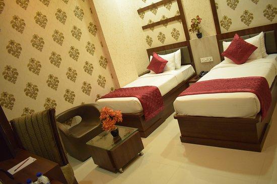 Hotel Uday Palace: EXECUTIVE ROOM