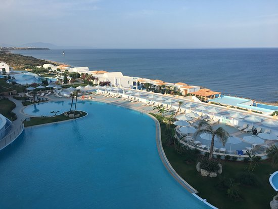 Atrium Prestige Thalasso Spa Resort and Villas: Reception view